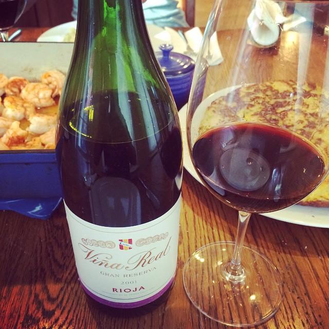 2001 C.V.N.E. (Compañía Vinícola del Norte de España) Rioja Viña Real Gran Reserva