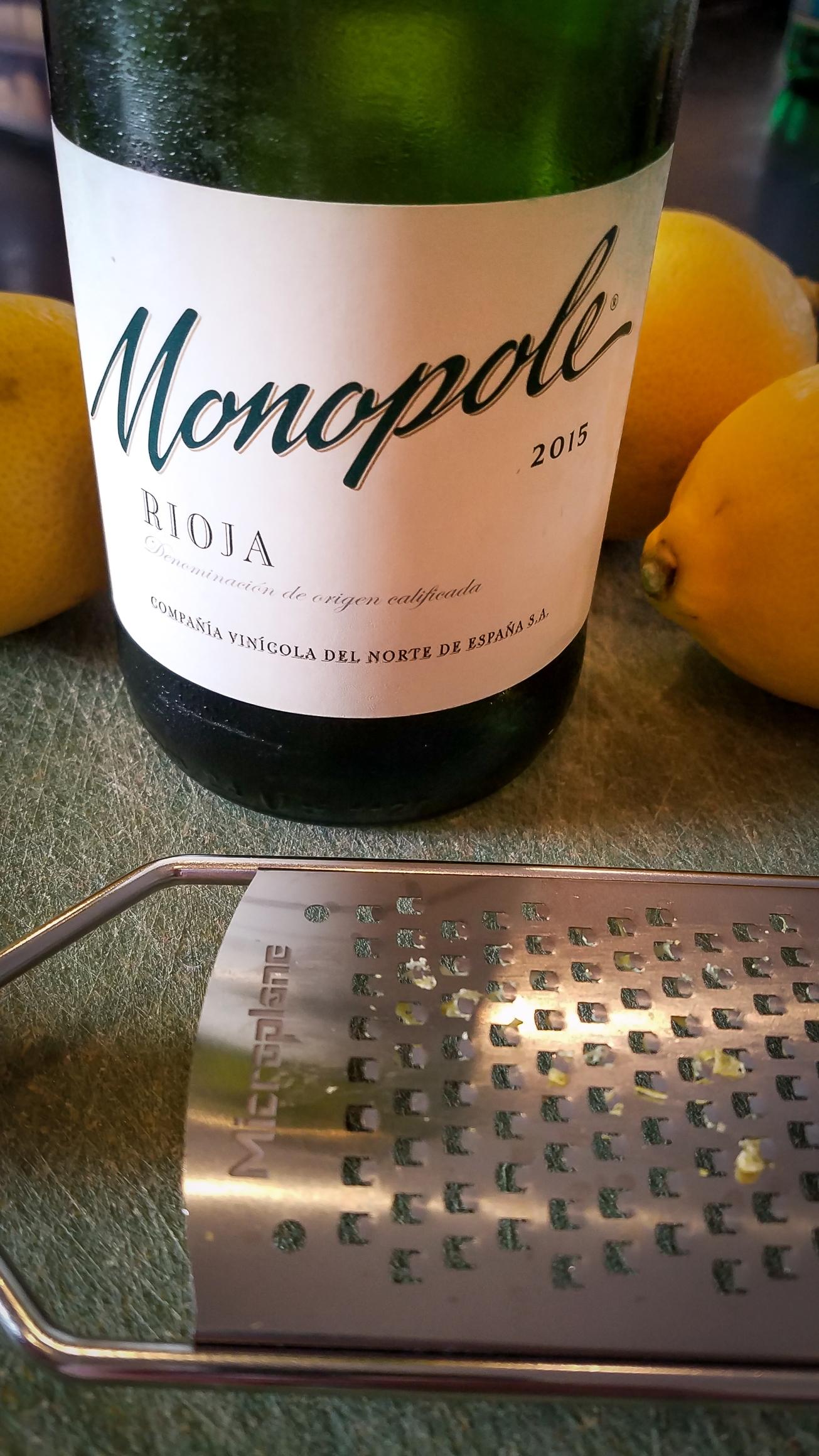 2015 C.V.N.E. (Compañía Vinícola del Norte de España) Rioja Monopole Blanco